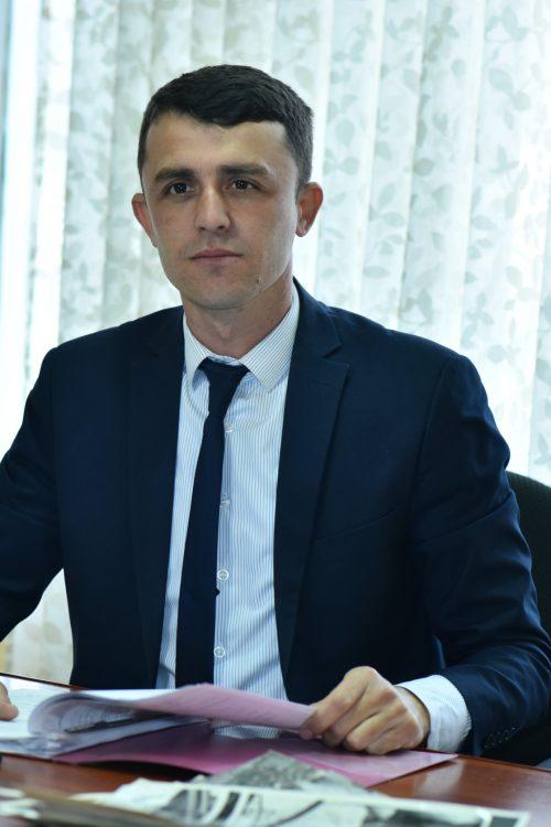 Алишер Собиров